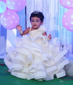 Client diaries 😍 Ameya in our swirl and twirl off white gown embellished with white cutdaana work shining like a star on her first… Baby Frocks Party Wear, Baby Girl Party Dresses, Dresses Kids Girl, Dress Party, Birthday Frocks, Baby Girl Birthday Dress, Birthday Dresses, Kids Frocks Design, Baby Frocks Designs