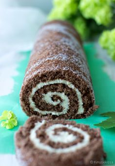 "The first thing I ever learned to bake was this ""unelmatorttu"". Chocolaty Swiss roll from Finland. :) Exact translation could be something like The Dream Tart. Finnish Cuisine, Finland Food, Baking Recipes, Cake Recipes, Finnish Recipes, Potato Flour, Scandinavian Food, Sweet Pastries, Sweet Bread"