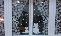 Popular New Year Decor Trends and Ideas 2021 Wall Christmas Tree, Christmas Window Decorations, Christmas Diy, Holiday Decor, Christmas Windows, Merry Christmas And Happy New Year, All Things Christmas, Diy And Crafts, Paper Crafts