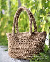 Ravelry: Crochet Star Stitch Tote pattern by Joanne Loh