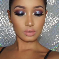 Shimmery Eyeshadow Look Ideas Shimmery Eyeshadow Look IdeasShimmery shadows look are nothing new, but there have been so many makeup ,golden shadow can truly be the t Pretty Makeup, Love Makeup, Makeup Inspo, Makeup Inspiration, Makeup Goals, Makeup Tips, Beauty Makeup, Flawless Makeup, Skin Makeup