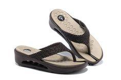 Air Jordan Slipper Womens Dark Brown Beige 309259 061 For Sale New Jordans Shoes, Jordan Shoes, Nike Shoes, Air Jordans, Timberland Outlet, Brown Beige, Dark Brown, Fashion Shoes, Mens Fashion