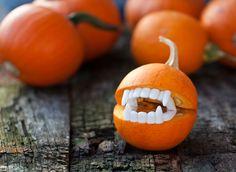 Little halloween teeth, funny pumpkin carvings