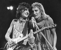 Ronnie Wood and Rod Stewart, The Faces.
