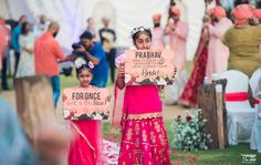"Funny bridal entry idea – nieces holding up signs that say ""for once she is on time"" and ""this is your last chance to run, here comes the bride! Pre Wedding Party, Wedding Props, Wedding Humor, Wedding Photoshoot, Wedding Signs, Wedding Ideas, Desi Wedding, Wedding Bells, Wedding Decorations"