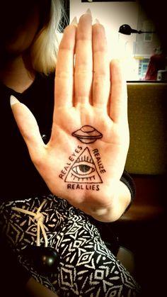 Palm tattoos ,  conspiracy theory