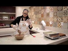 (5) Pão-de-ló fofinho de Chocolate - Isamara Amâncio - YouTube