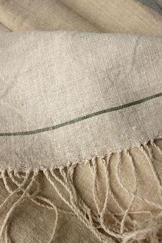 plain weave with twisted fringe, simple but beautiful, a classic weave.