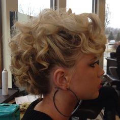 Fun hair!!