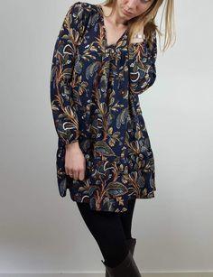 Robe Flora