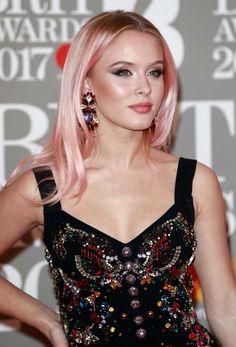 85731ff3 Zara Larsson Pastel Hair, Pink Hair, Rose Gold Hair, Dyed Hair, Celebs