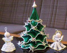 stromček, Háčkovanie, fotopostup - Artmama.sk Winter Snow, Baby Patterns, Crochet Baby, Christmas Ornaments, Holiday Decor, Projects, Inspiration, Xmas, Xmas Ornaments