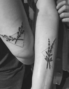 Bff tattoo triangle #bfftattoo #flowertattoo