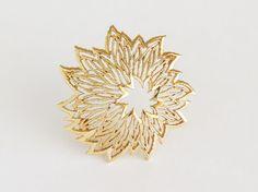 CROWN TRIFARI Golden Starburst Brooch Pin by SunshineSurprises