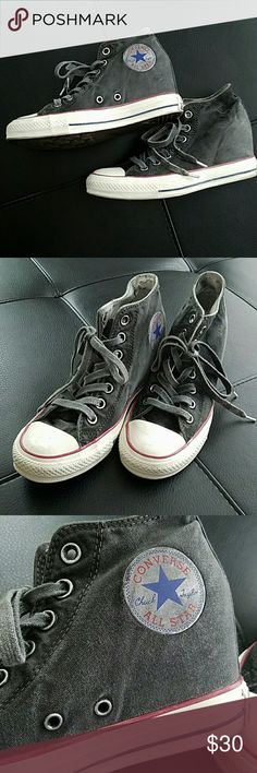 New Womens platform converse sz 8 Sporty dark grey converse shoes.  Classic with an edgy twist. Worn and broken in look. Pair with shorts for a fun and cute look. Converse Shoes Sneakers