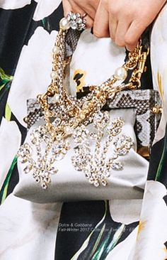 Dolce   Gabbana Collection Evening 2017 - EE e99b2a5b080c0
