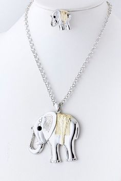 Metal Elephant Necklace I need to make sure to tell my friend about this. She is obsessed with elephants.