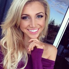 Good blonde looks easier to maintain for my natural hair type Natural Hair Types, Great Smiles, Gorgeous Blonde, Girls Selfies, Gorgeous Women, Beautiful, Blonde Beauty, Pure Beauty, Cut And Color
