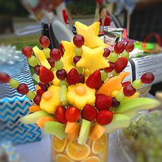 Ever seen an edible arrangement at a party before? I have always wanted to make one because a fruit bouquet makes a beautiful centerpiece at any events. However, it seems like a lot of work and do…