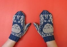Knit Totoro Mittens – In Norwegian Style! Get the FREE Pattern!