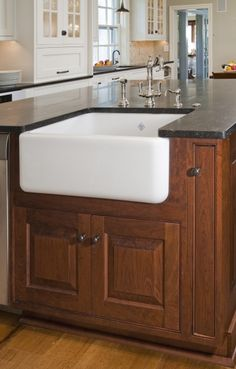 http://www.rohl.co/kitchen/rohl-sinks/shaw-sinks.html