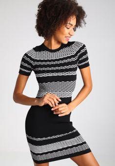 Jurken New Look Gebreide jurk - black Zwart: 39,95 € Bij Zalando (op 25/11/16). Gratis verzending & retournering, geen minimum bestelwaarde en 100 dagen retourrecht!