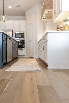 Engineered Bamboo Flooring, Wood Plank Flooring, Hardwood Floors, Kitchen Reno, Kitchen Remodel, Kitchen Ideas, Kitchen Design, Wood Floor Kitchen, Kitchen Flooring
