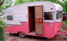 Vintage Shasta Travel Trailer from Nancy's Vintage Trailers blogspot