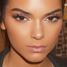 its-vogue-baby: vicsecretmodels: Kendall Jenner http://its-vogue-baby.tumblr.com