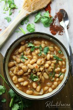 Simple Mexican Charro Beans - flavored with garlic, tomatoes, cilantro and lots of spices! They are the perfect beans to accompany your favorite Mexican entree! Pressure Cooker Baked Beans, Slow Cooker Beans, Instant Pot Pressure Cooker, Pressure Cooker Recipes, Mexican Beans Recipe, Red Beans N Rice Recipe, Mexican Food Recipes, Mayocoba Beans, Refried Beans