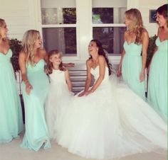 Love the bride's maids dresses #FeltNoir #Aquamarine #MarchBirthstone