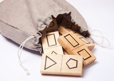 Holzspielzeug, Domino mit geometrischen Figuren // wooden domino game, geometric patterns by DINDINTOYS via DaWanda.com