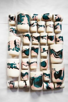 Fashion And Interiors Collide With Helen Levi's DVF Collection Fashion And Interiors Collide With Helen Levi's DVF Collection Ceramic Clay, Ceramic Pottery, Pottery Art, Cerámica Ideas, Cool Ideas, Keramik Design, Pottery Designs, Painted Pots, Pottery Painting