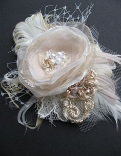 Wedding fascinator mini bridal flower hairpiece by LeFlowers,