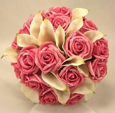 beautiful pink wedding flower bouquets