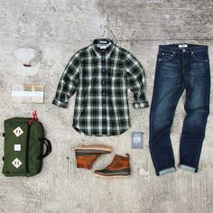 topo-designs: Topo Designs Mountain Briefcase styled by P's & Q's Rugged Style, Looks Style, My Style, Look Man, Outfit Grid, Gentleman Style, Look Cool, Mens Suits, Suit Men
