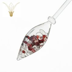 Crystal Connections version coming soon...   Discover the power of stone and drink gemstone water to enhance your well being, here with garnet and rock crystal