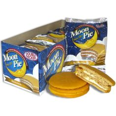 Mom and pop shop. Moon Pie Banana