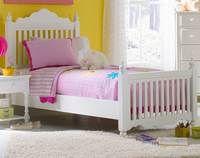 Hillsdale Lauren 4 Piece Post Bedroom Set   Bedplanet.com   Bedplanet