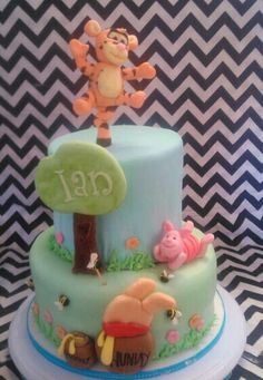 Baby shower tigger and piglet theme