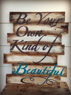 DIY pallet art sign with picture tutorial www.badapplestyle.com