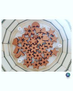 #Christmasiscoming #ceramics #pottery #handnade #ceramicdecorations #ceramicchristmasdecorations #workinprogress Ceramic Christmas Decorations, Ceramic Decor, Christmas Is Coming, Pottery, Ceramics, Frame, Home Decor, Ceramica, Ceramica