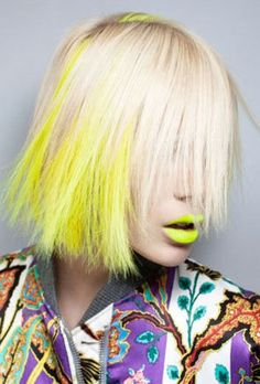 Yellow hair chalks are sexy, vibrant and free! :)