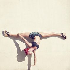 Tio Von Hale is a photographer, designer and visual artist from Los Angeles, California who specializes in portraits of dancers and acrobats.