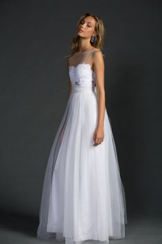 Grace loves lace, Loren tulle dress Our iconic Loren dress with the tulle skirt option is perfect for the bohemian princesses. Boho Bride, Boho Wedding, Tulle Wedding, Wedding Ideas, Best Wedding Dresses, Wedding Gowns, Tulle Dress, Lace Dress, Lace Bodice