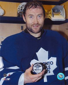 Ed Belfour Eddie Belfour, Nhl, Eddie The Eagle, Canadian Things, Good Old Times, Hockey Stuff, Toronto Maple Leafs, Detroit Red Wings, Sports Pictures
