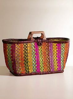 crochet- love these colors! Crochet Art, Knit Or Crochet, Crochet Crafts, Crochet Stitches, Crochet Projects, Crochet Patterns, Crochet Handbags, Crochet Purses, Knitted Bags