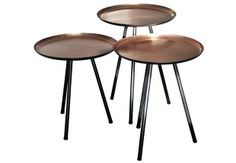 Small tables are practical and decorative... Especially when they are in copper! #side #tables #copper