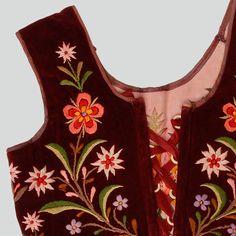 Polish Folk Costumes - Bodice of a folk costume from Pieniążkowice...