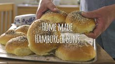 Mashed potato is often used as a hefty addition to main meals, but when used in this recipe it is the key to making the ultimate light and slightly squishy hamburger buns. Pesto Bread, Meal Planing, Hamburger Buns, Monkey Bread, Main Meals, Cinnamon Rolls, Kiwi, Pastries, Mashed Potatoes
